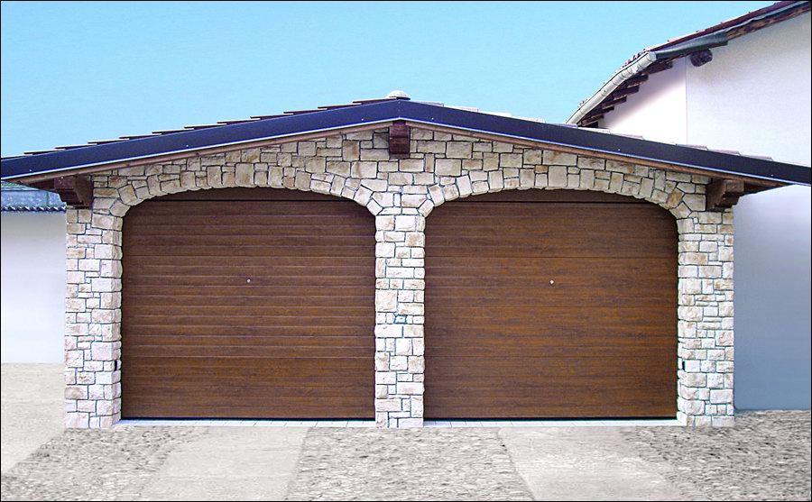 Minőségi garázskapu fadekor dió kivitelben