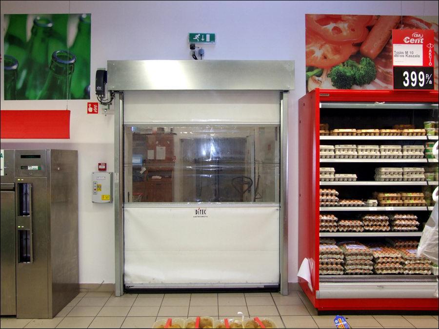 SMART ipari gyorskapu a kaposvári CBA áruházban